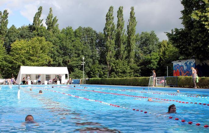 Stundenschwimmen im Sommerbad in Vetschau/Spreewald, Foto: Stadt Vetschau