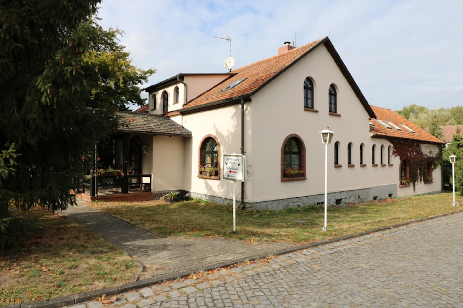 Das Spreewaldhotel in ruhiger Ortslage von Raddusch.