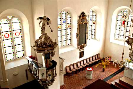 Die Kanzel der Deutschen Kirche